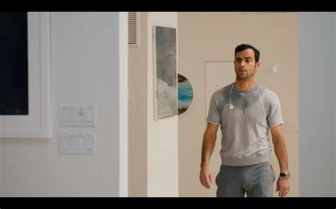 Justin Theroux S Bulge May Be The Best Reason To Keep