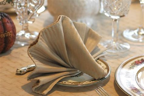 Fancy Ways To Fold Paper Napkins - how to fold paper napkins fancy how to fold paper