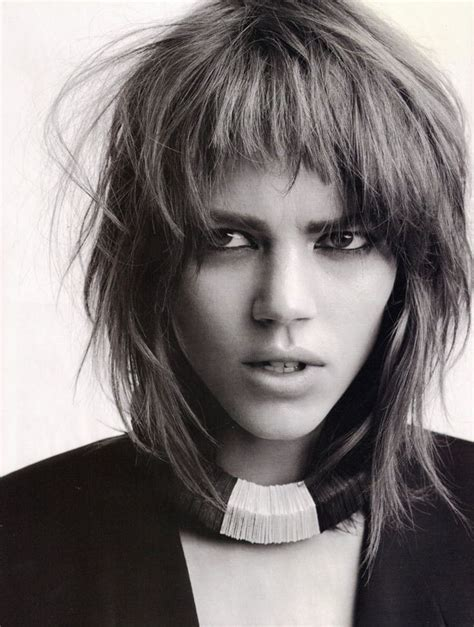 popular british hairstyles 107 best she quot bangs quot it images on pinterest coiffures