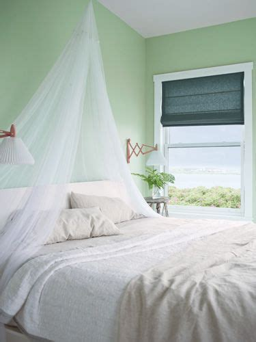 benjamin moore soothing green 17 best ideas about green bedroom colors on pinterest