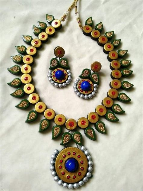 How To Make Paper Mache Jewelry - 605 best images about clay on