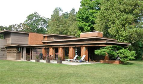 frank lloyd wright style architecture bernard schwartz house 1939 two rivers wisconsin usonian style frank lloyd wright frank
