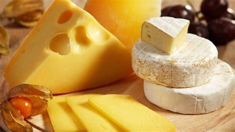 alimento meno calorico saiba quais s 227 o os queijos menos cal 243 ricos para saborear