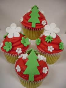 easy cupcake decorating ideas 45 easy and creative cupcake decorating ideas