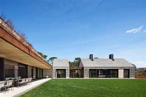 L Shaped Houses by Modern Hamptons Home With Barn Influence Design Milk