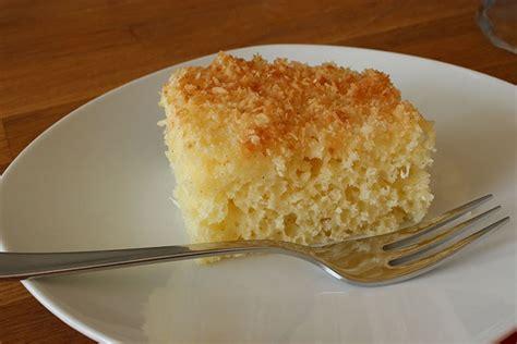 schnelle kuchen auf dem blech sallys rezepte saftiger buttermilch kokos kuchen auf dem