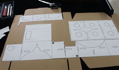 Make Your Own Google Cardboard With These Simple Steps Igyaan Network Vr Cardboard Template