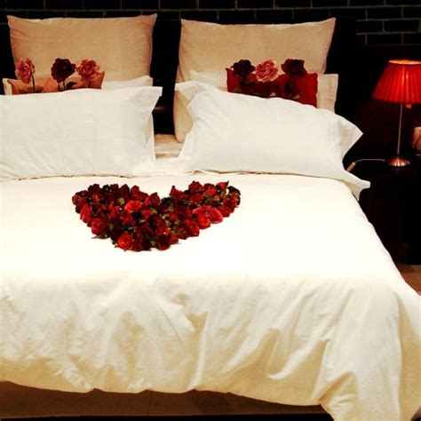 13 beautiful bedroom decorating ideas for valentine s day