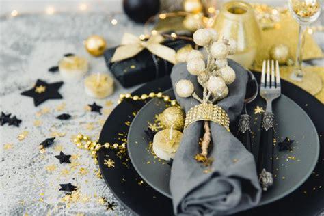 decorare la tavola a natale fai da te come decorare la tavola di natale in modo raffinato donnad