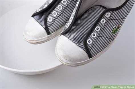 best way to clean athletic shoes best way to clean athletic shoes 28 images how to wash
