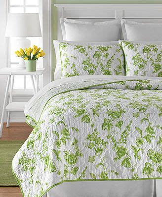Martha Stewart Flower Song Quilt by 25 Best Bedspreads Images On Bed Bedroom And Children