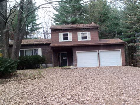 54 fairway blvd wilton ny 12831 bank foreclosure info