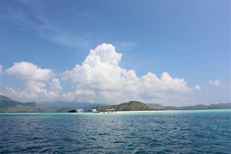 labuan bajo indonesia bel   world