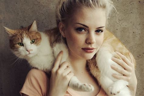 beautiful female kitten hipster girls with cat