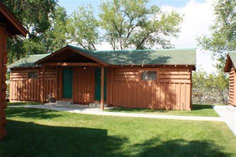 buffalo bill cabin wy inn reviews