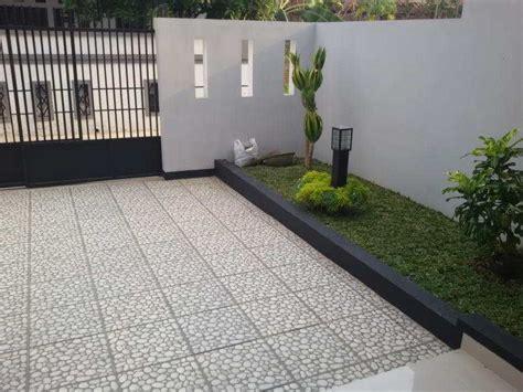 lantai garasi mobil bahan granit carport rumah