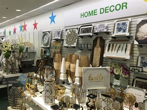 macy home decor macy s hopes backstage concept will bring in bargain