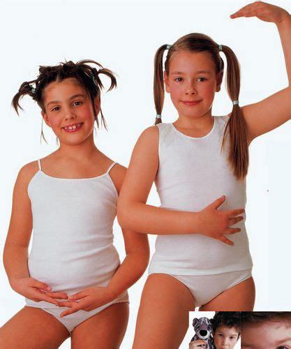 ragazze senza costume da bagno intimo bambina e ragazza