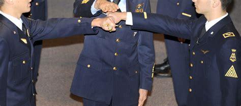 test ingresso accademia militare come diventare ufficiale dell aeronautica militare