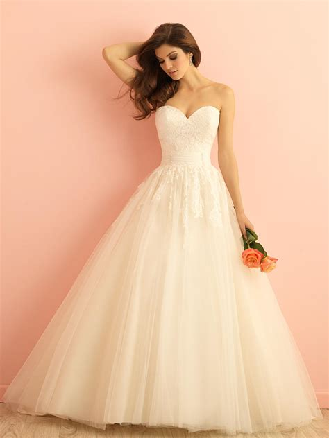 Ivory Wedding Dresses by Ivory Lace Tulle Strapless Sweetheart Gown