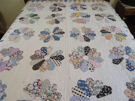 Dresden Plate Quilt Pattern by Vintage Dresden Plate Pattern Quilt Handmade