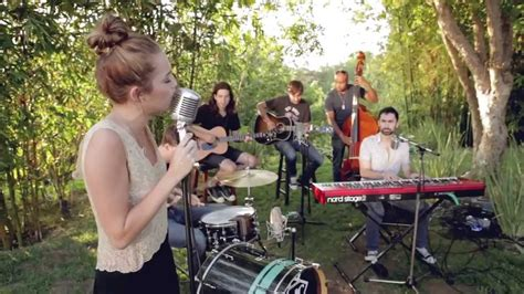 backyard session miley cyrus the backyard sessions jolene youtube gogo papa