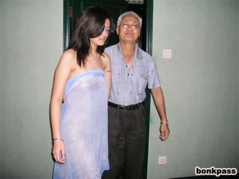 ngentot sama kakek kakek tua