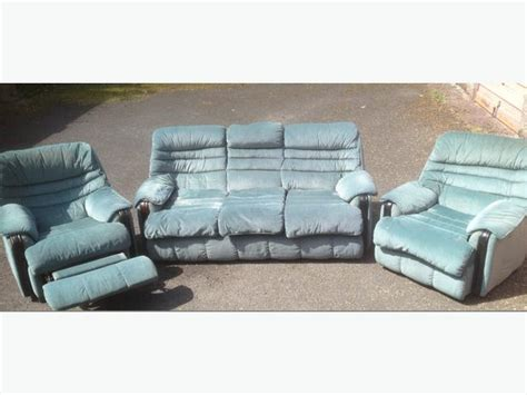 3 Seater Sofa And 1 Chair 3 seater sofa and 2 chairs 1 chair recliner free