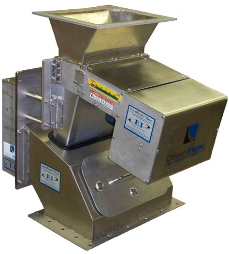 Solid Flow Feeder controlling the flow of a solid using a feeder