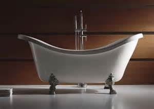 claw foot bathtubs how to choose an antique bathtub