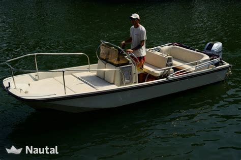 motorboat rental boston motorboat rent boston whaler 17 montauk in porto santo