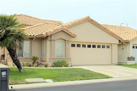 homes for sale in sun lakes community banning ca