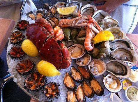 fruit de mer superbe et excellent plateau de fruits de mer picture of