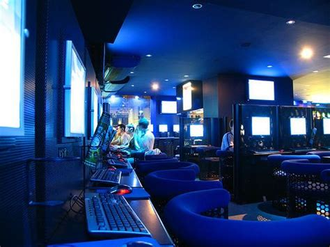 design internet cafe internet cafe interior design fresh furniture idea