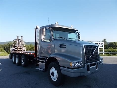 2004 volvo truck volvo med heavy trucks for sale