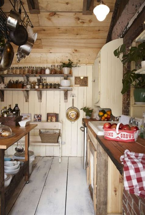 38 super cozy and charming cottage kitchens digsdigs 38 super cozy and charming cottage kitchens digsdigs