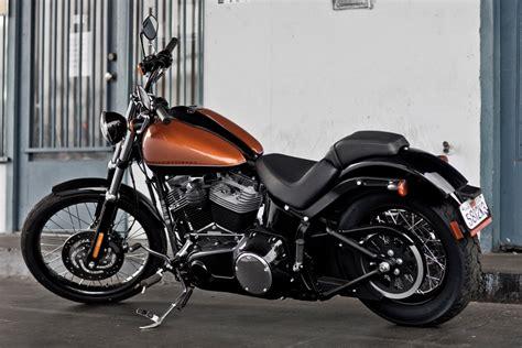 Roller Im Motorrad Look by Neues Bike Im Custom Look Harley Davidson Blackline