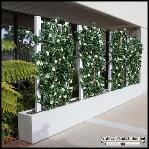 Green Sidewalk Space Dividers   Artificial Plants Unlimited
