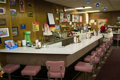 50s Kitchen Ideas file lunch counter jpg wikimedia commons
