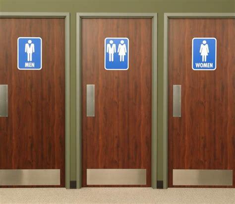 Ore. school creates unisex bathrooms for trans students