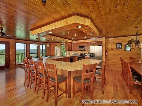6 bedroom cabins in gatlinburg tn 1000 images about 6 bedroom cabins in gatlinburg on pinterest
