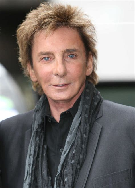 barry manilow fan barry manilow photos photos barry manilow greets fans