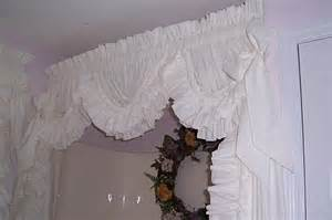 Curtains country home of delores ruffles shower curtains
