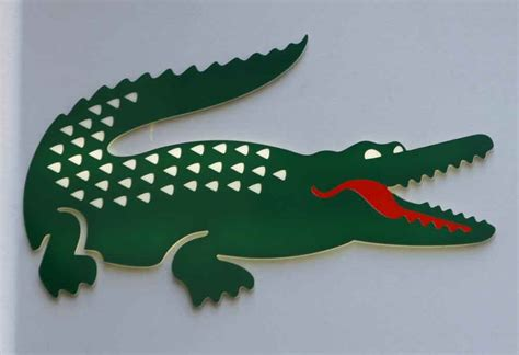 Lacoste Crocodile le crocodile lacoste croqu 233 par le suisse maus fr 232 res