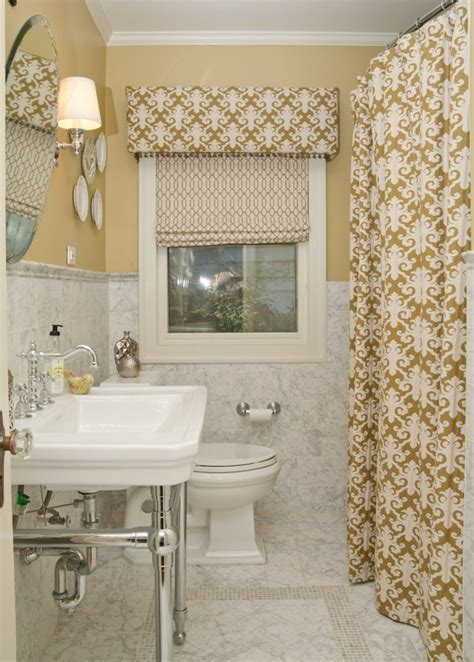 bathroom valances ideas cortinas ideas para llenar de estilo las ventanas peque 241 as