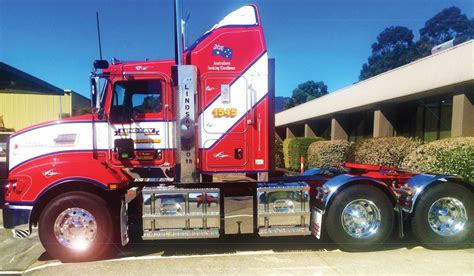 kenworth bayswater lindsay transport 300th kenworth paccar australia
