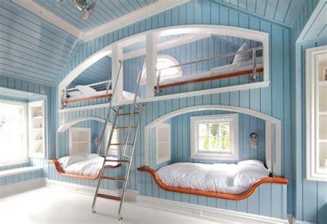 Kinderzimmer Platzsparend Gestalten by Kinderzimmer Mit Hochbett Coole Platzsparende Wohnideen
