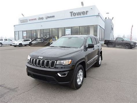 Tower Chrysler by 2017 Jeep Grand Laredo 4x4 H8502 Tower