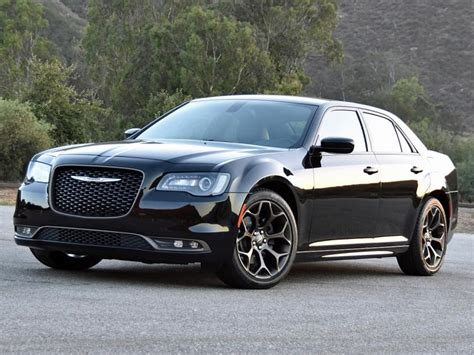 A Chrysler Report 2016 Chrysler 300s Alloy Edition Ny Daily News
