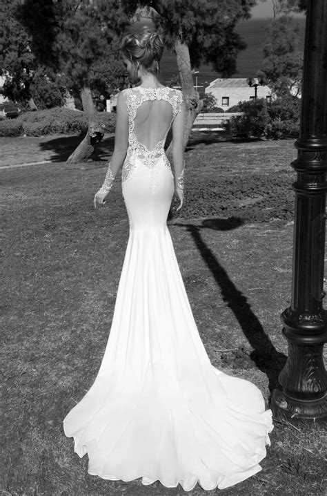 13 steamiest backless wedding dresses and gowns not